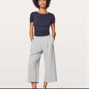 Lululemon 'Can You Feel the Pleat' crop pants